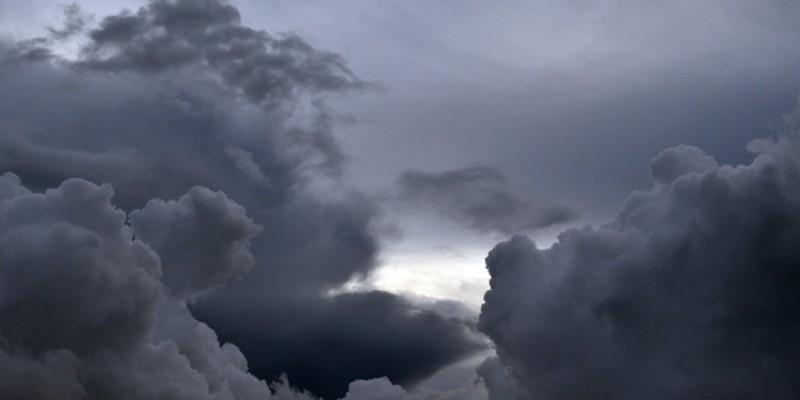 Tempo segue nublado com possibilidade de chuva em parte de SC