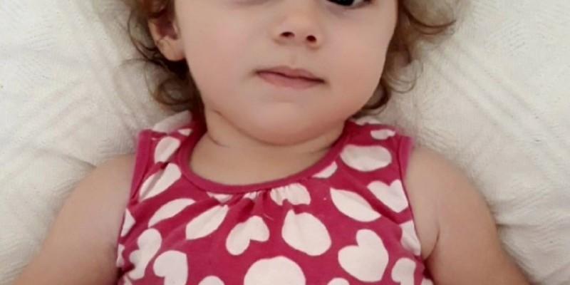 Família busca ajuda para custear tratamento de criança que sofre de Atrofia Muscular Espinhal