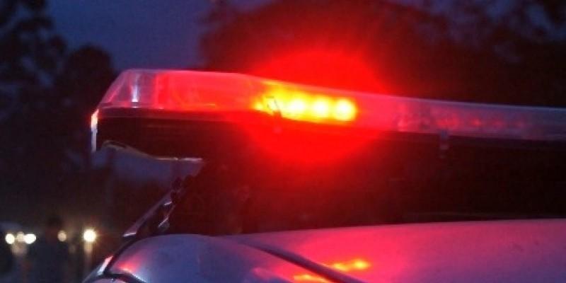 Ladrões amarram idosos e roubam Hilux, em Jaguaruna