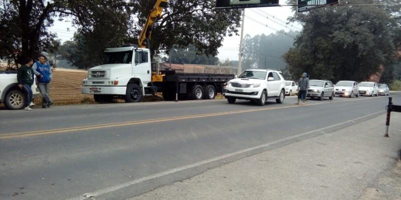 KM2: caminhoneiros estão alertando que serão liberados caminhões de ração