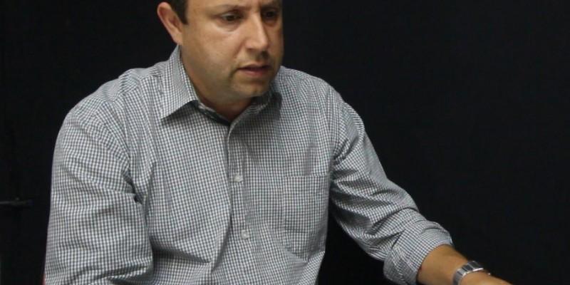 Israel de Souza declara apoio a candidato da AMREC após defender apoio a candidatos da AMUREL