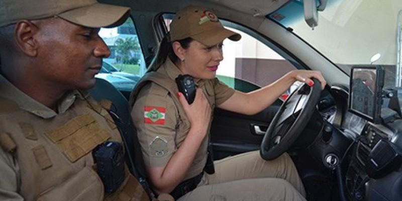 Todos os policiais militares deverão atuar com câmeras
