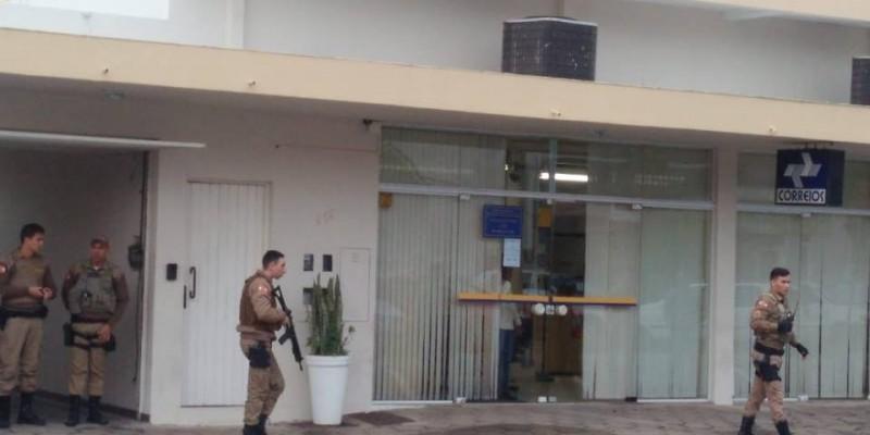 Funcionários são amarrados em assalto