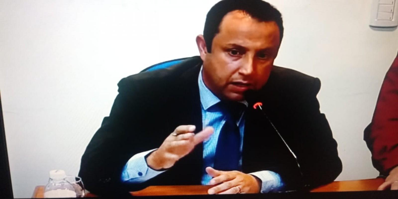 Vereador desabafa após voto por rejeição das contas de Ex-Prefeito de Braço do Norte
