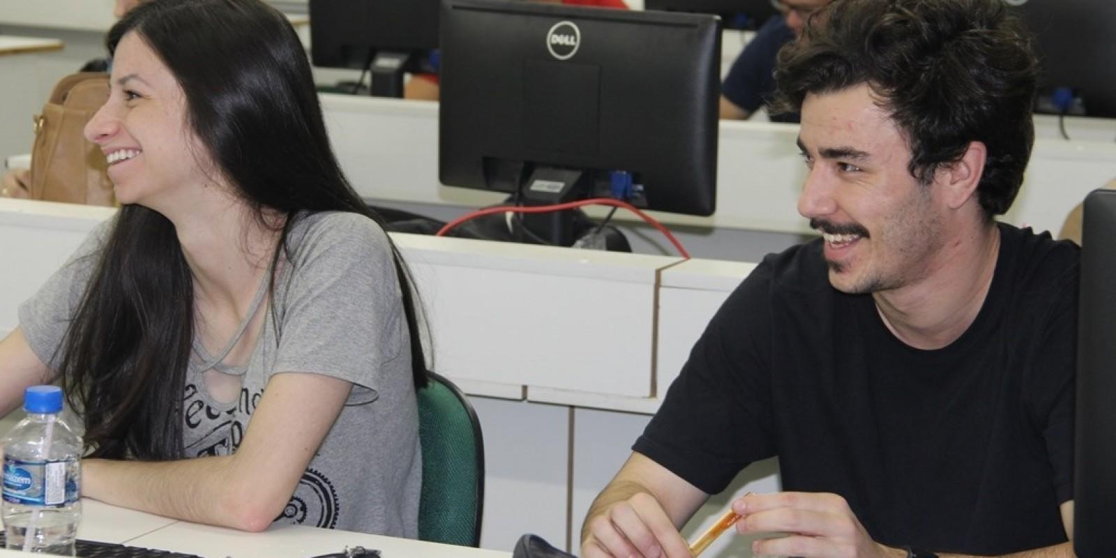 Unibave oferece vagas remanescentes para Curso Técnico em Estética e cursos de graduação