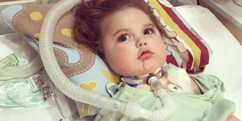 Polícia pede prisão do pai do bebê Jonatas em Joinville, SC