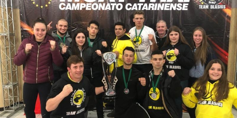 Team Blasius consegue terceiro lugar por equipe no Catarinense de Muay Thai