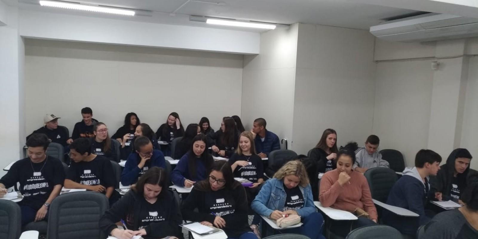 Empreendedorismo aliado à educação em Braço do Norte