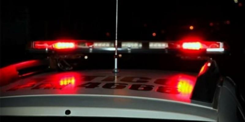 Homem é atropelado por carro e caminhão na BR-101, em Laguna