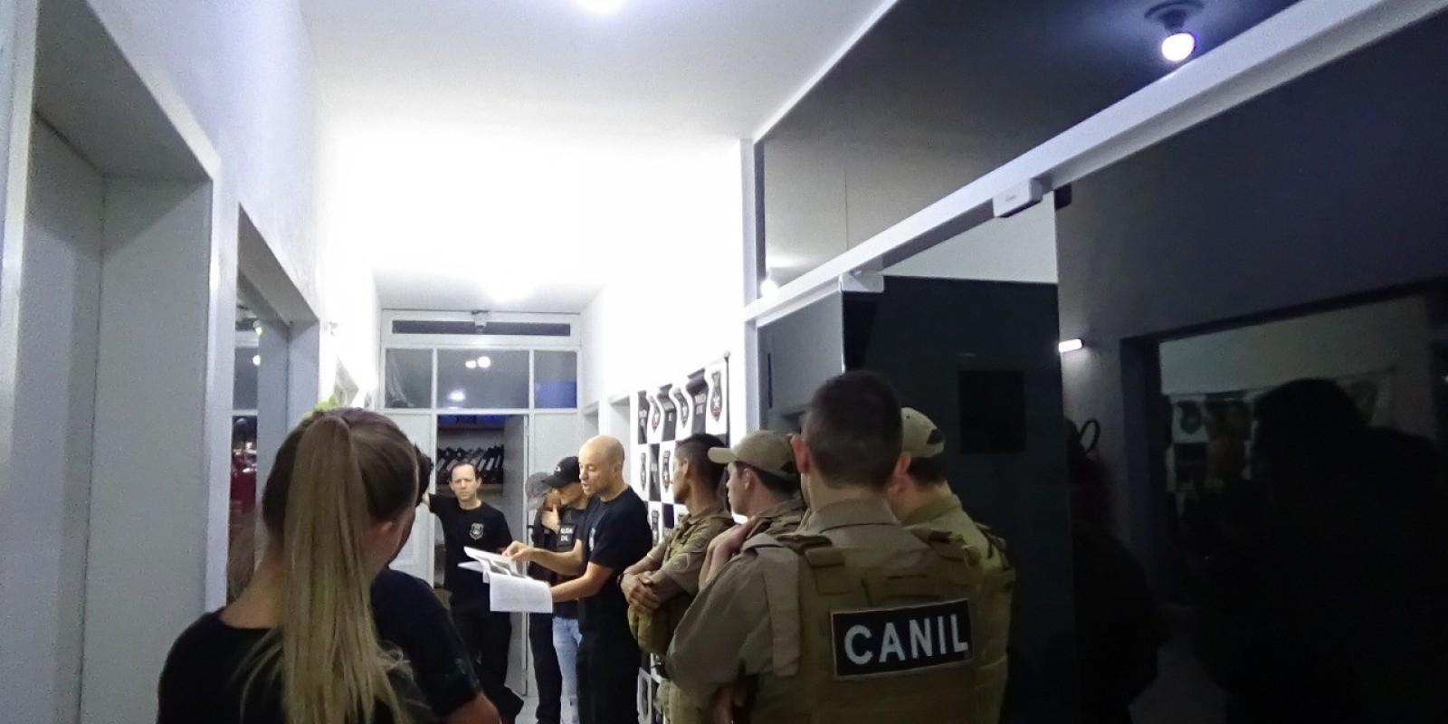 Polícia de Gravatal deflagra operação contra o tráfico de drogas sintéticas e prende suspeito de 20 anos