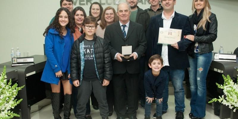 Vídeo: A história empreendedora de João Sizenando