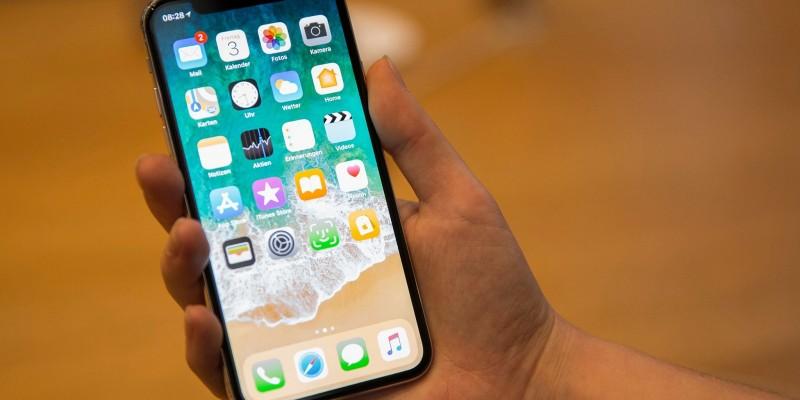 iPhone muda de horário e usuários 'acordam' uma hora mais cedo