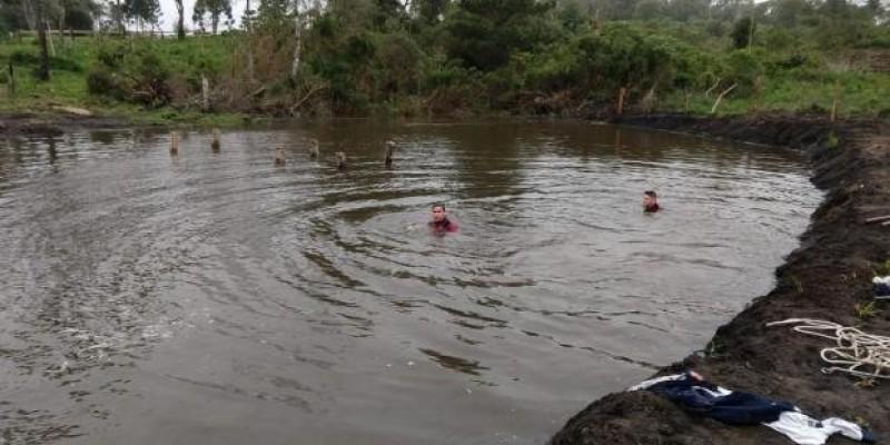 Mãe pula em açude para salvar filho e os dois morrem afogados em Rio Negrinho
