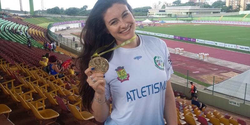 Monique Warmelig conquista ouro nos Jogos Universitários Brasileiros (Jubs)
