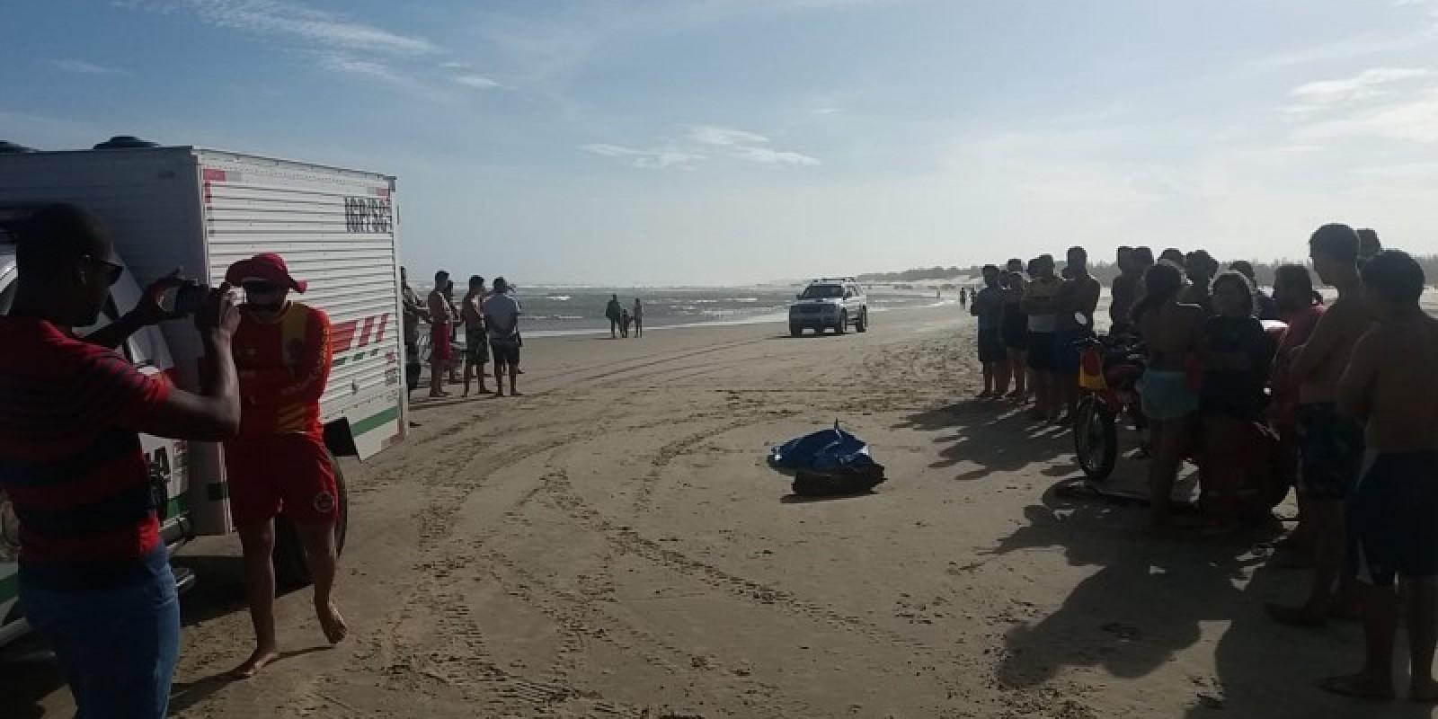 Corpo é encontrado na faixa de areia em Jaguaruna