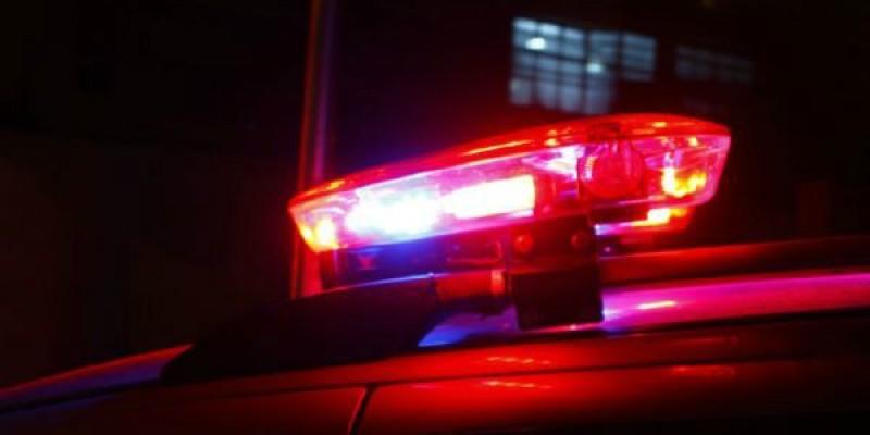 Ladrões atiram contra carro de empresário