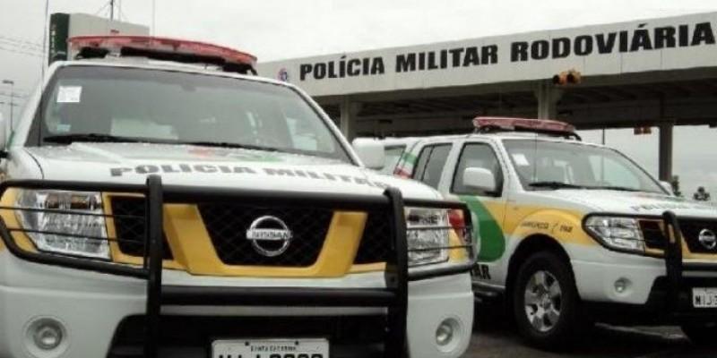 Motorista que dirigia veículo com placas de Armazém é preso