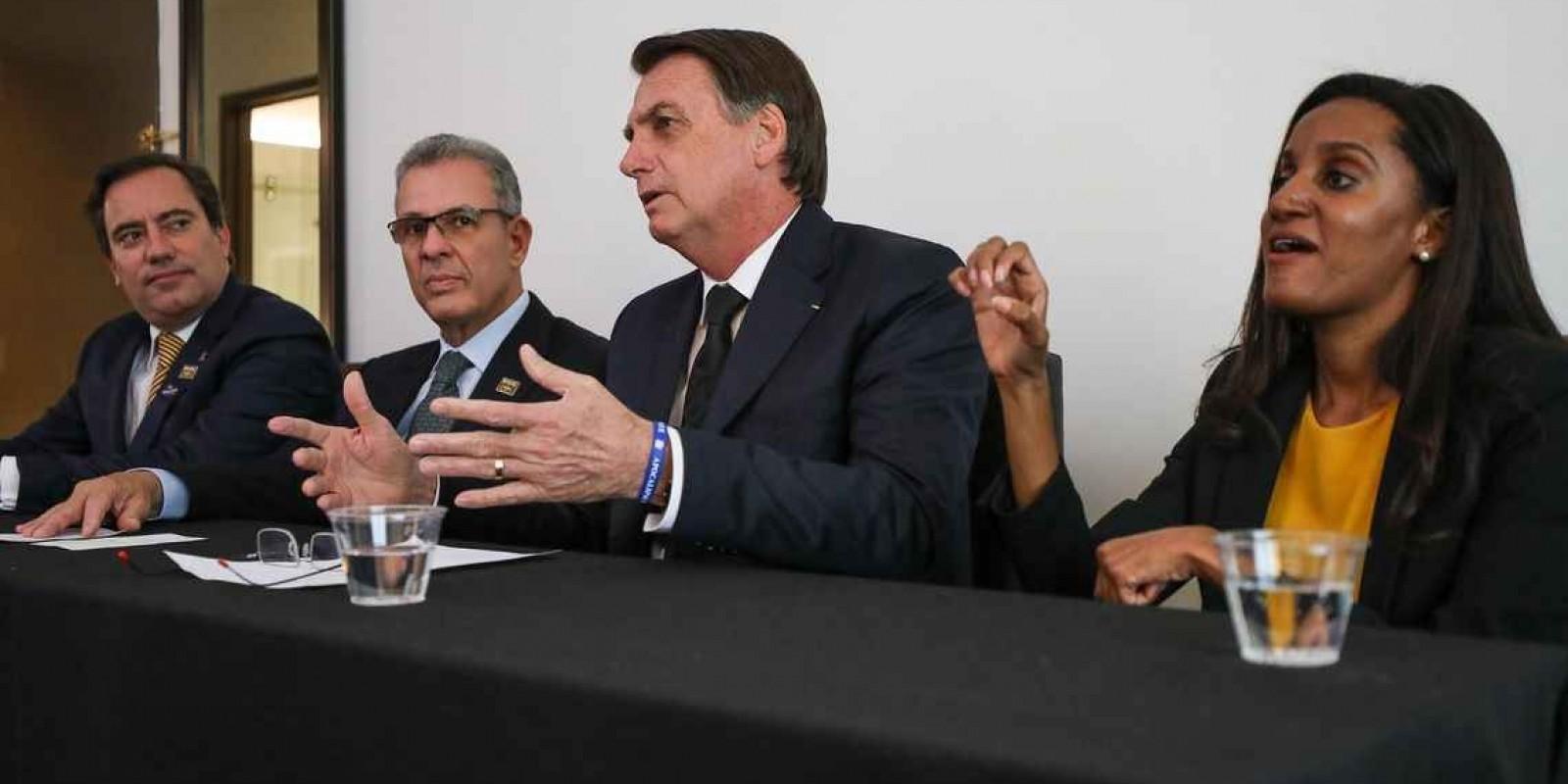 Bolsonaro quer que multa de R$ 2,5 bi da Petrobras vá para a Educação