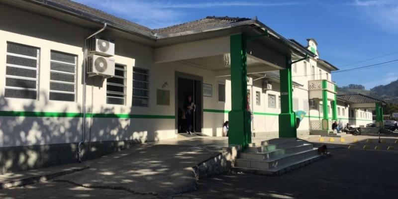Homem tenta comprar atestado médico em Braço do Norte