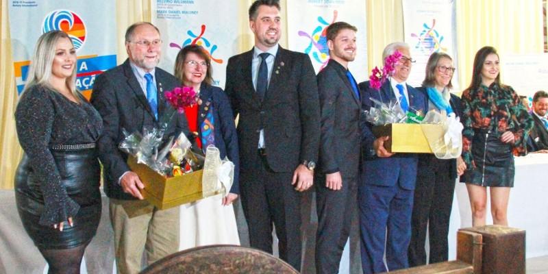 Rotarys Club do novo Distrito 4652 empossam seus presidentes para mais um ano rotário