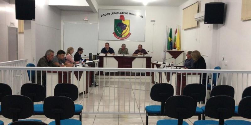Sessão desta terça - feira, 11, na Câmara Municipal de Santa Rosa de Lima