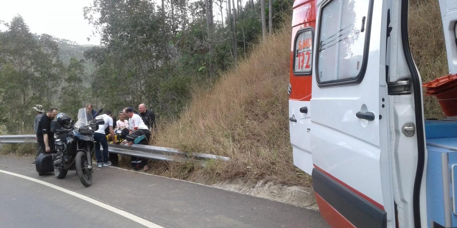 Acidente deixa motociclista com traumatismo craniano grave