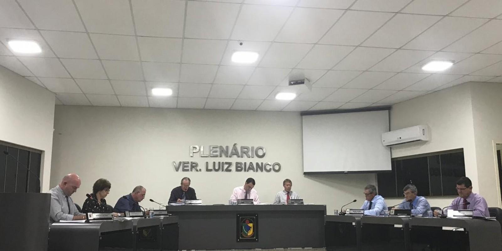 Sessão de segunda - feira, 12 de agosto, na Câmara de São Ludgero
