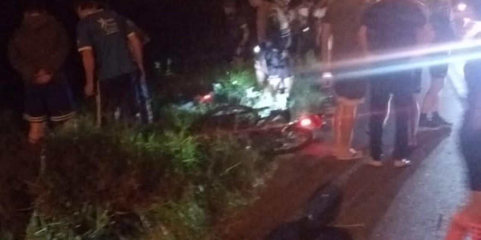 Carro atinge ciclista na SC - 108, em São Ludgero