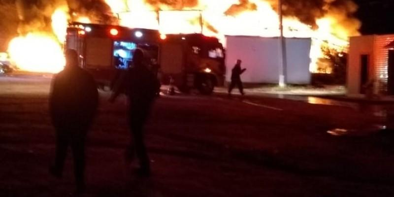 Empresa de São Ludgero é destruída em incêndio