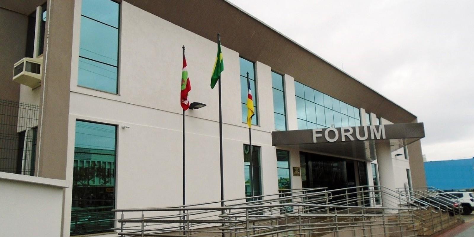 Filha de vítima de latrocínio será indenizada em R$ 300 mil pelo autor do crime