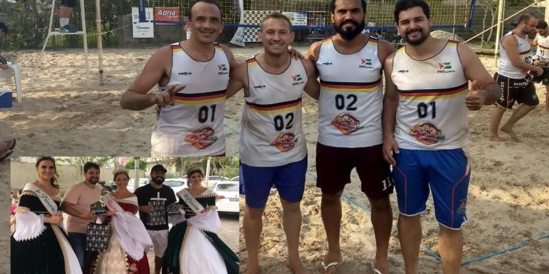 Duplas de São Ludgero conquistam 1º E 3º lugar no Forquilhinha Open de futevôlei