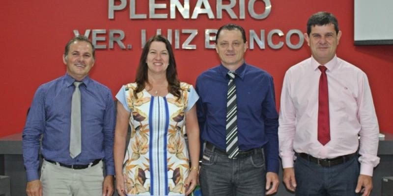 Mesa Diretora eleita para 2020, na Câmara Municipal de São Ludgero