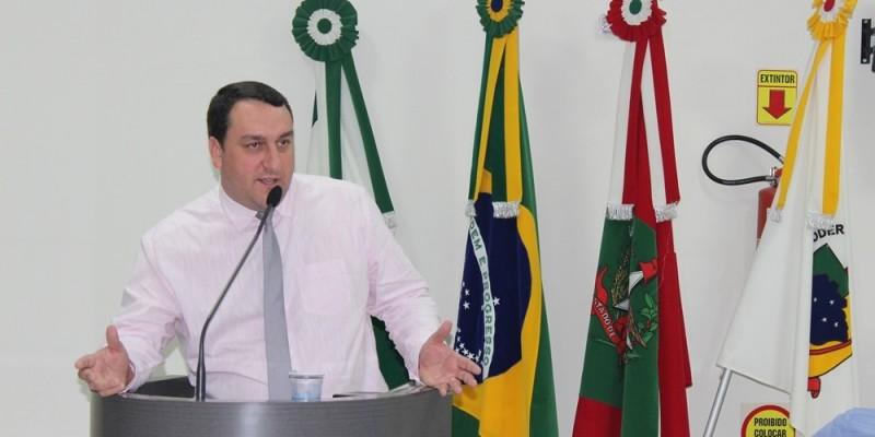 Xande economiza mais de 300 mil reais na Câmara Municipal de São Ludgero
