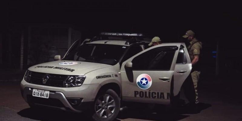 Assaltantes rendem vítima e roubam carro no Rio Maina