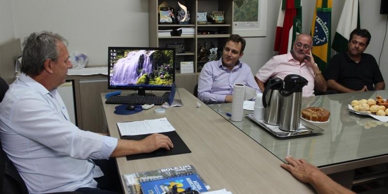 Deputado Federal, Ricardo Guidi, visita São Ludgero e oficializa a liberação de R$ 300 mil