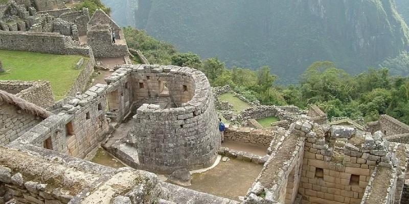 Polícia peruana prende brasileiros por defecarem em área sagrada de Machu Picchu