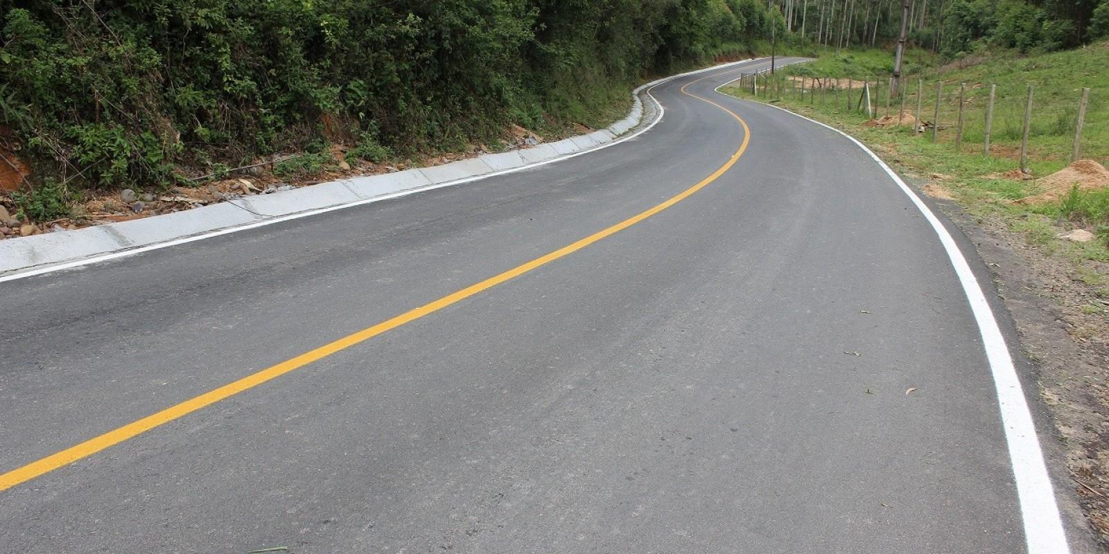 São Ludgero inaugura 16,5 quilômetros de pavimentações em direção às comunidades do interior no dia 25 de janeiro