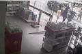 Vídeo: mulher é atropelada na faixa de pedestres, no centro de SL