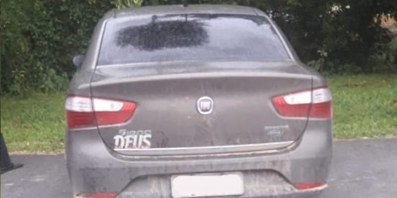 PM de Urussanga apreende veículo roubado
