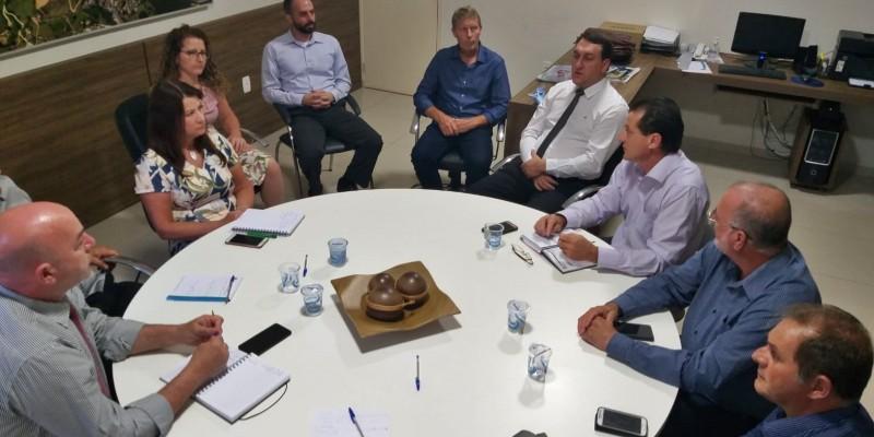 Vereadores de São Ludgero se reúnem para debater diversos assuntos
