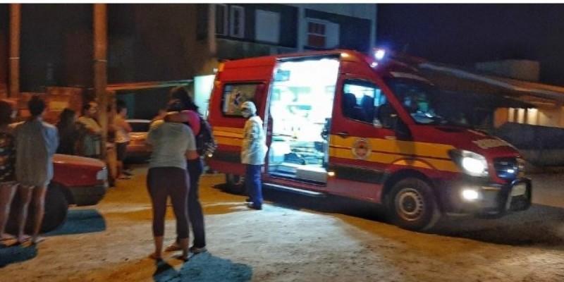 Jovem assassinado em Tubarão foi executado na garagem de casa