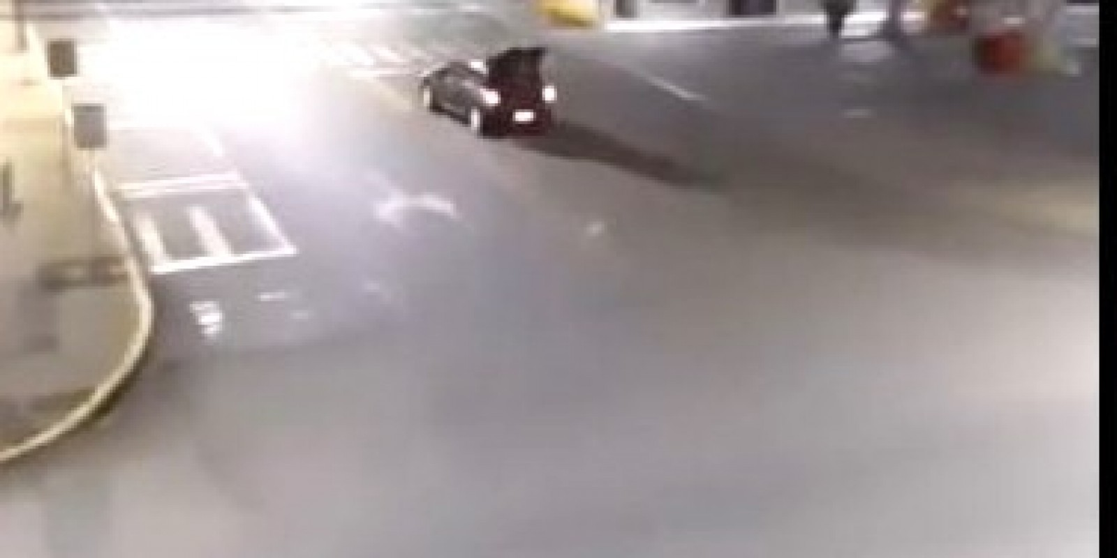 Jovem motorista que soltou som de alarme nas ruas de Orleans, se apresenta na delegacia