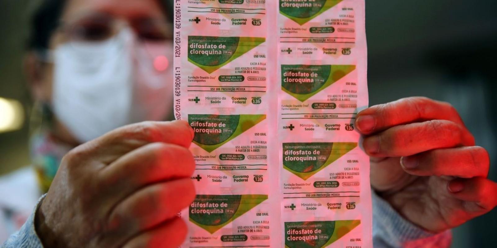 França suspende hidroxicloroquina como tratamento para covid-19