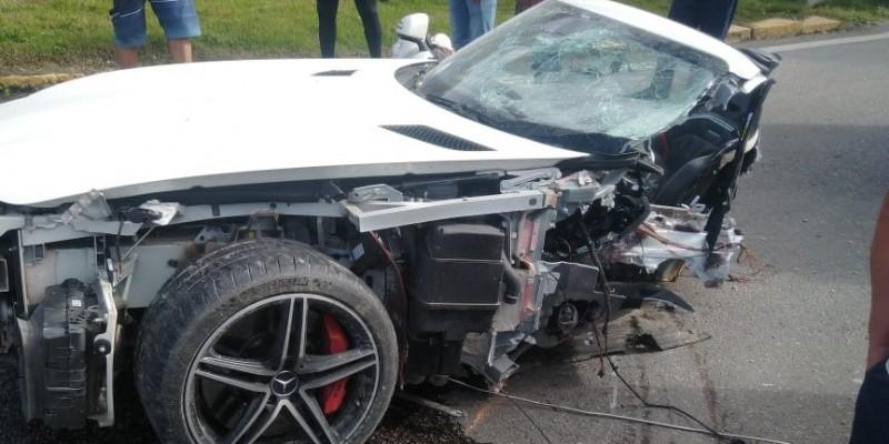 Empresário Roberto Angeloni morre em acidente na BR-101 em Biguaçu