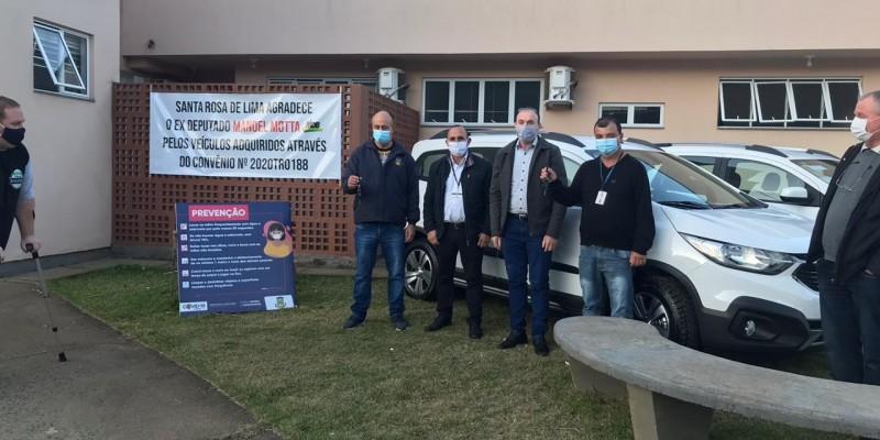 Santa Rosa de Lima recebe dois veículos para a saúde