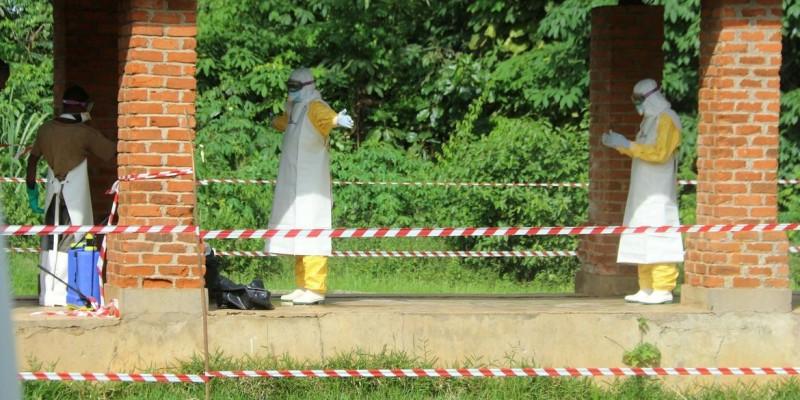 Com quase 50 casos confirmados, ebola se espalha no Oeste do Congo