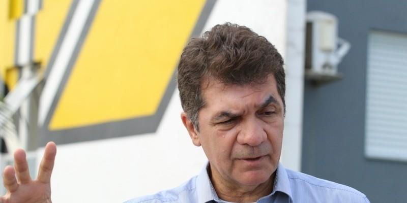 Salvaro diz que reduzir o horário dos mercados é inadequado