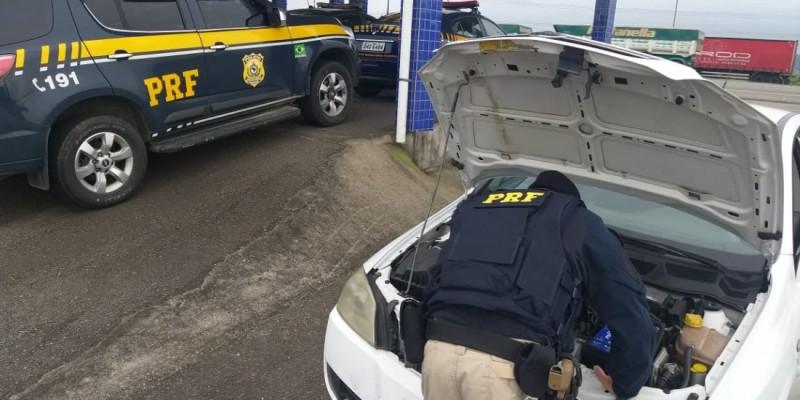 Carro com registro de furto é recuperado pela Polícia Rodoviária Federal