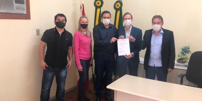 Deputado repassa emenda para implantação de ciclovia em Armazém