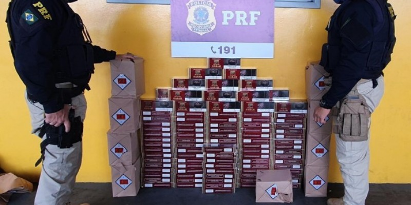 PRF apreende cigarros saborizados contrabandeados na BR-101